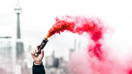 Amazing Smoke Bomb wallpaper