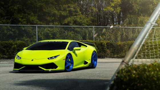Yellow Lambo wallpaper