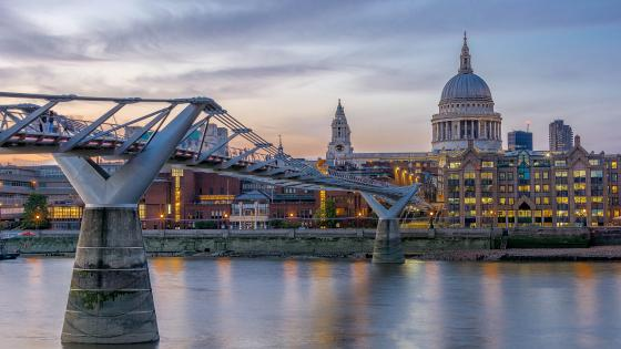 Millenium Bridge and St. Paul's Cathedral wallpaper