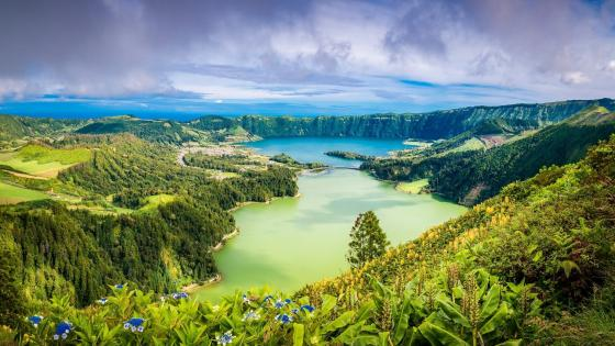 Sete Cidades twin lakes wallpaper