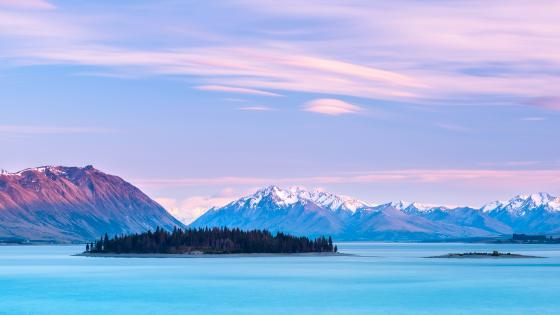 Motuariki Island on Lake Tekapo (New Zealand) wallpaper