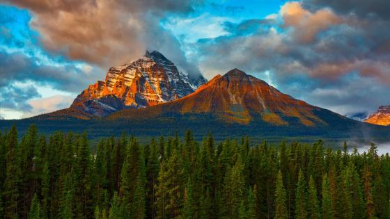 Mount Temple (Banff National Park) wallpaper