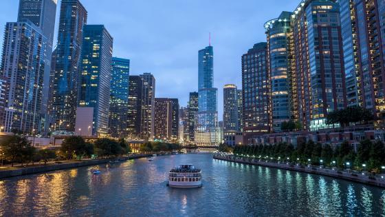 Chicago river cruise wallpaper