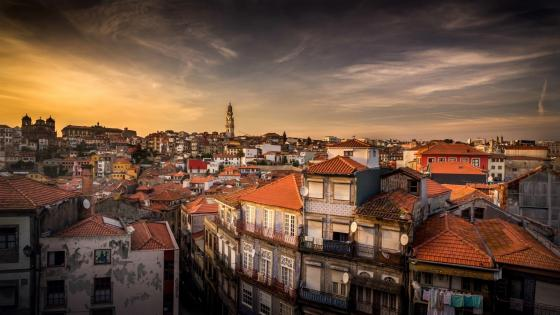 Porto at dusk wallpaper