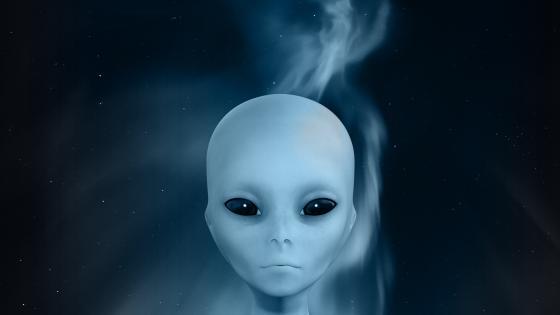 Alien face wallpaper