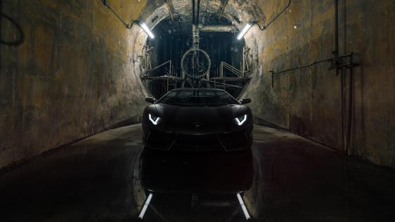 Black Lamborghini Aventador in a tunnel wallpaper