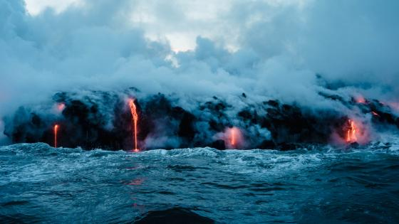 Submarine volcano eruption wallpaper