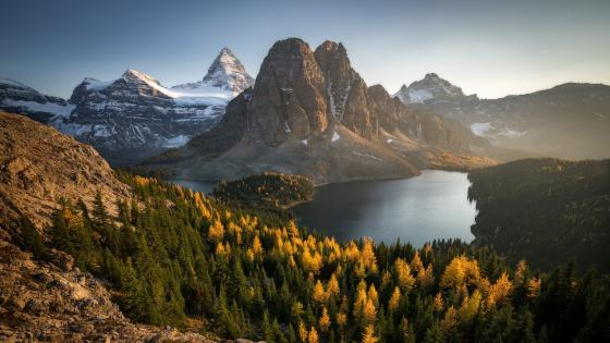 Mount Assiniboine Provincial Park wallpaper