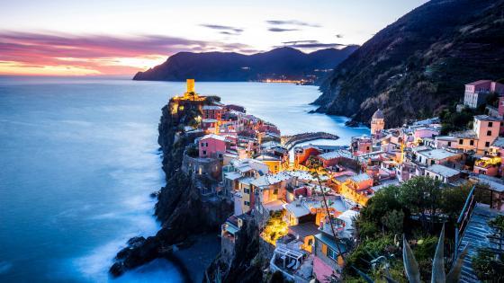 Vernazza (Cinque Terre, Italy) wallpaper