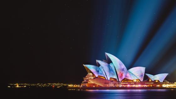 Sydney Opera House at night wallpaper