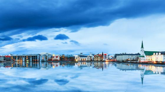Reykjavik reflected in the Lake Tjornin wallpaper