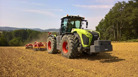 Claas Xerion 4000 wallpaper