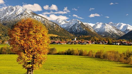 Oberstdorf in autumn wallpaper