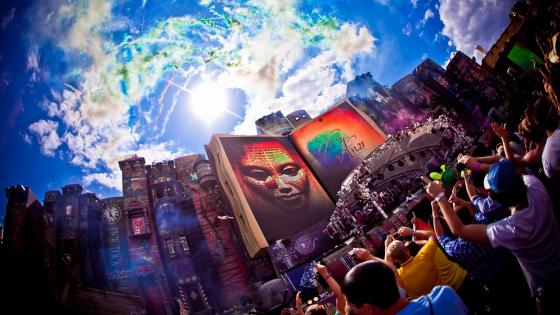 Tomorrowland festival wallpaper