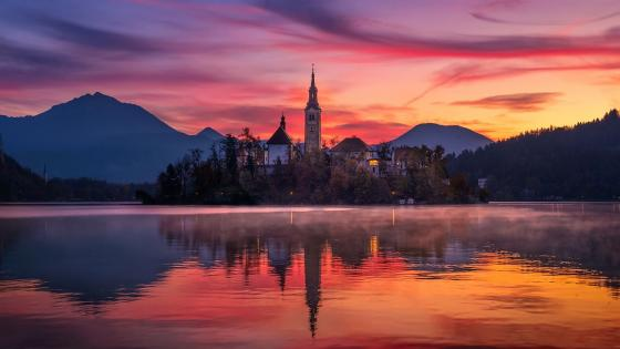 Bled Island on Lake Bled wallpaper
