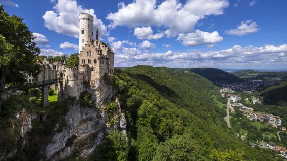 Lichtenstein Castle wallpaper