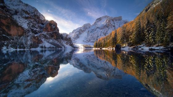 Lake Braies (Prags Dolomites) wallpaper