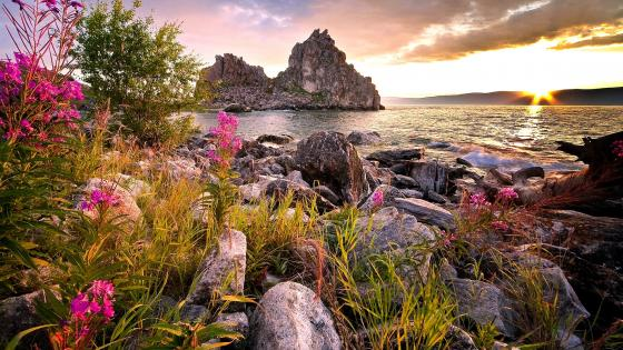 Burkhan Rock (Olkhon Island, Lake Baikal) wallpaper