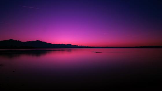 Beautiful sunset over the lake wallpaper