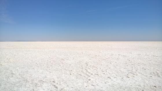 White Desert wallpaper