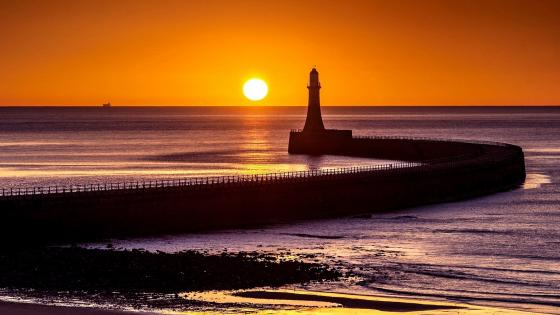 Roker Lighthouse, Sunderland wallpaper