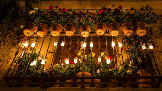 Candlelight in a Terrace at Pedraza wallpaper