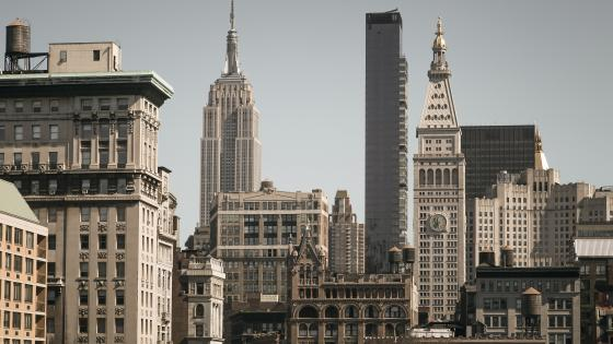Manhattan skyline from Union Square Park wallpaper