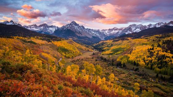 Sneffels Range at fall wallpaper
