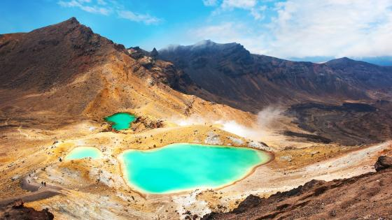 Emerald Lakes, Tongariro National Park wallpaper