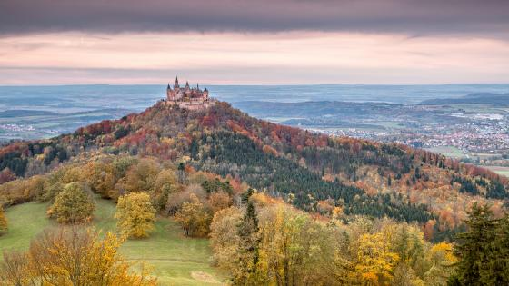 Fairytale Hohenzollern Castle wallpaper