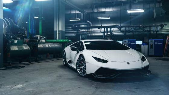 White Lamborghini Huracan wallpaper