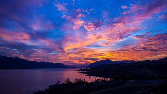 Kamloops Lake Sunrise wallpaper