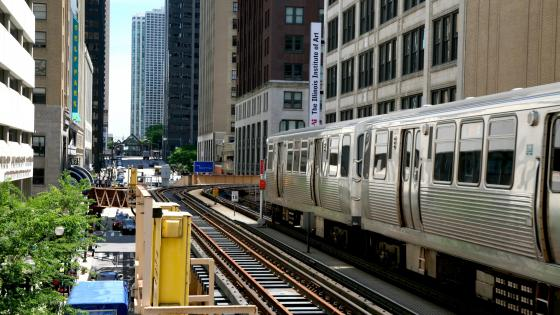 LTrain in Downtown Chicago wallpaper