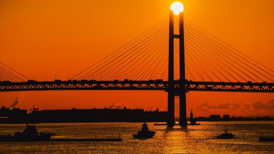 Sunrise Over the Yokohama Bay Bridge wallpaper