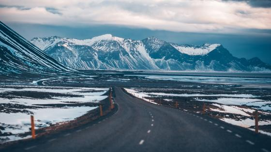 Road in Iceland wallpaper