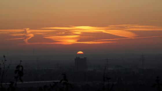 The sun is rising in the Ruhr area wallpaper