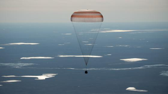 Expedition 50 Soyuz MS-02 Landing wallpaper