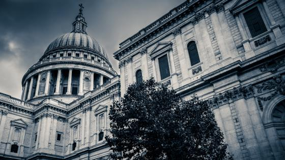 St. Paul's Cathedral monochrome photo wallpaper