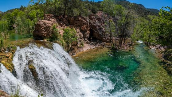 Fossil Creek Waterfall wallpaper