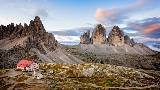 Dreizinnenhütte and the Three peaks of Lavaredo wallpaper