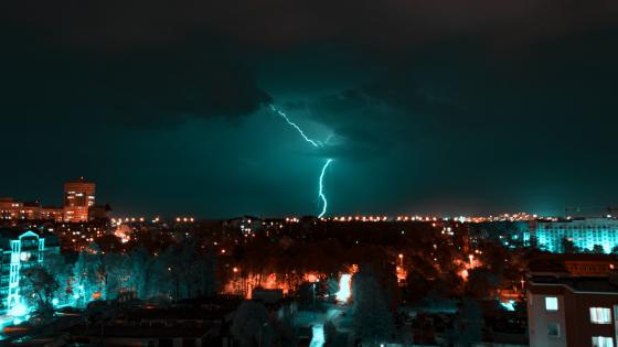 Lightning Strike wallpaper