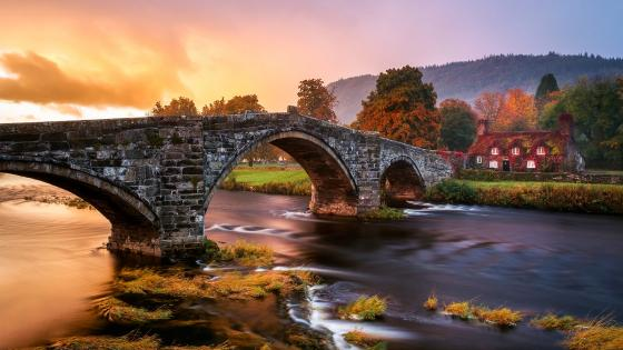 Conwy river and Llanrwst bridge at fall wallpaper