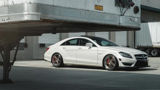 Mercedes-Benz CLS wallpaper