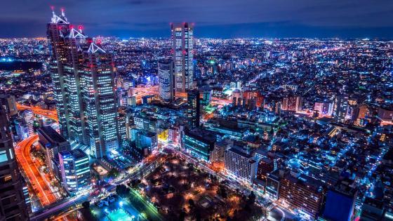 Tokyo skyline with the Shinjuku Park Tower at night wallpaper