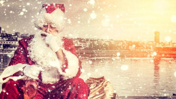 Boozy Santa Claus wallpaper