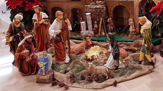 The World Waits For The Birth Of Jesus wallpaper