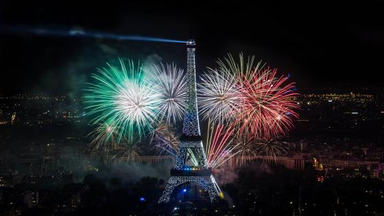 Colorful fireworks in Paris wallpaper