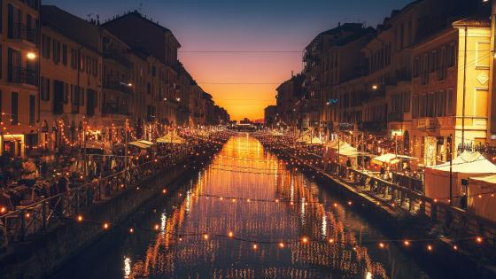 Christmas light above Naviglio Grande (Milano) wallpaper