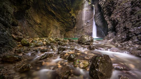 Kozjak Waterfall wallpaper