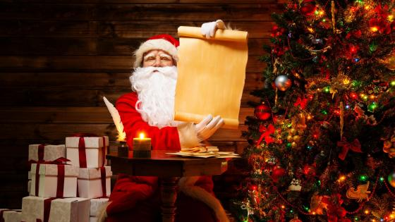 Naughty or Nice List of Santa Clauses wallpaper